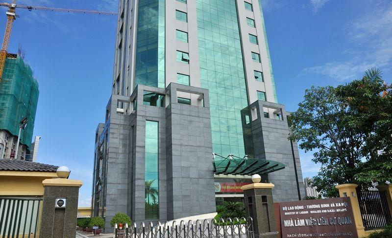 Tòa nhà bộ lao động